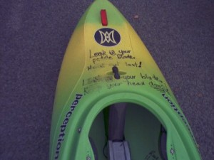 20030403 What_to_do_if_your_kayak_turns_upsidedown