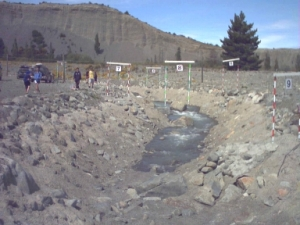 20041106 Tekapo_Here_is_the_water