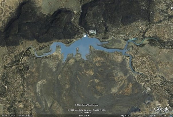 Burton_Gorge_Dam_from_above